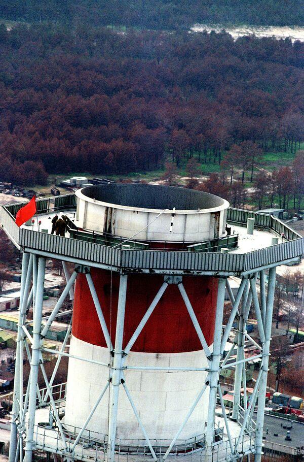 Саргофаг Чернобыльской АЭС после аварии