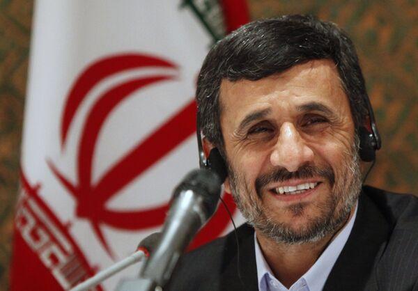 Президент Ирана на пресс-конференции в Нью-Йорке 4 мая 2010 г.