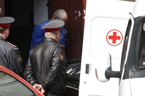 Работа милиции и скорой помощи . Архив