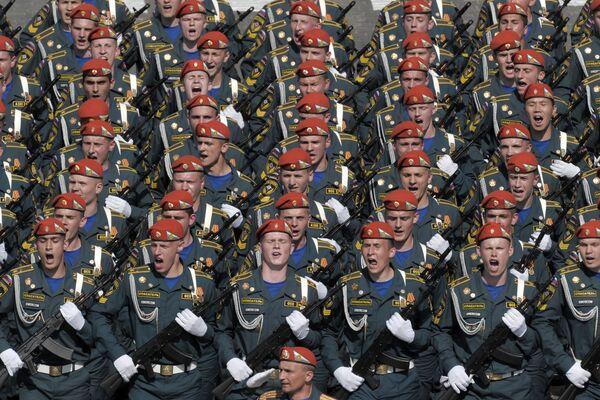 Военный парад, посвященный 65-летию Победы в ВОВ
