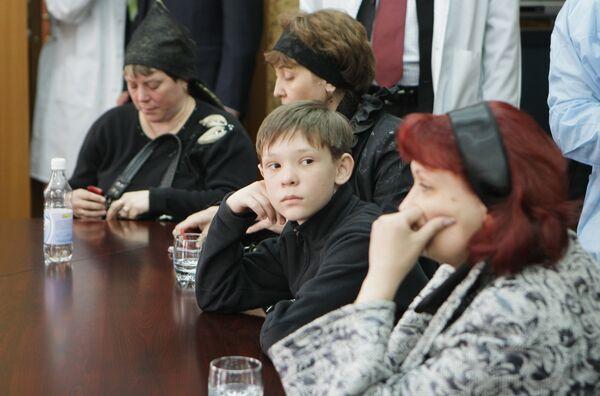 Родственники шахтеров с Распадской. Архив