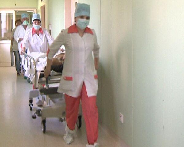 Московские врачи борются за жизнь горняков с шахты Распадская