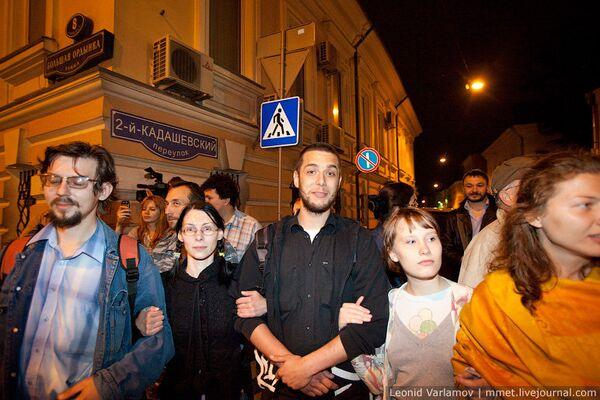 Ночное обострение ситуации в Кадашах. Москва, 6-7 июня 2010