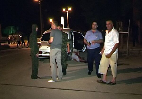 Восемь милиционеров пострадали при взрыве в Дагестане
