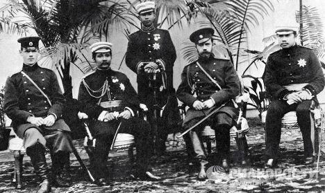 Император Николай II на встрече с сиамским королем