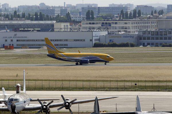 Самолет сборной Франции