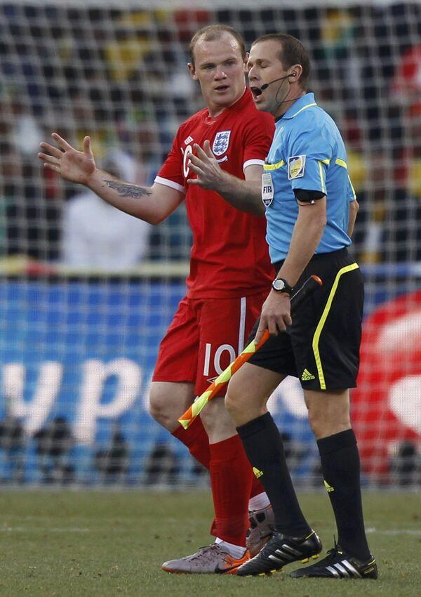 Игровой момент матча Германия - Англия