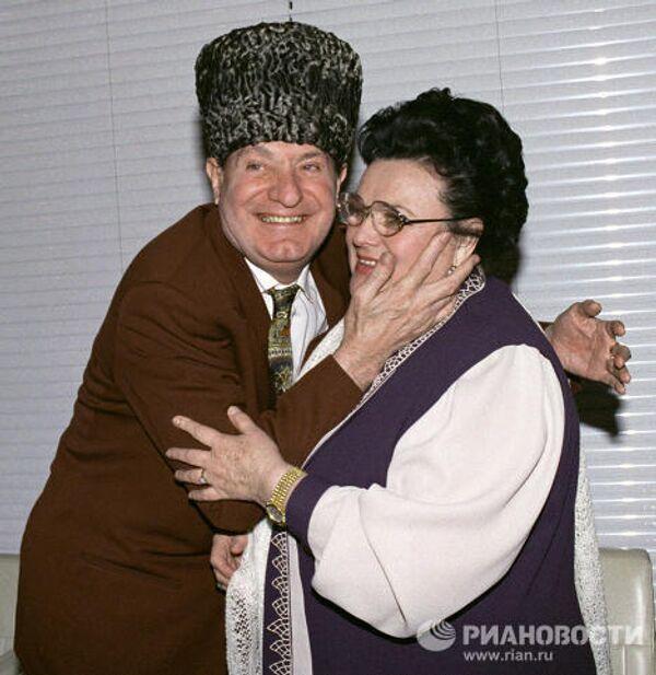 Эсамбаев и Зыкина