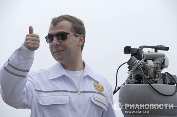 Президент РФ Д.Медведев наблюдал за ходом оперативно-стратегических учений Восток-2010