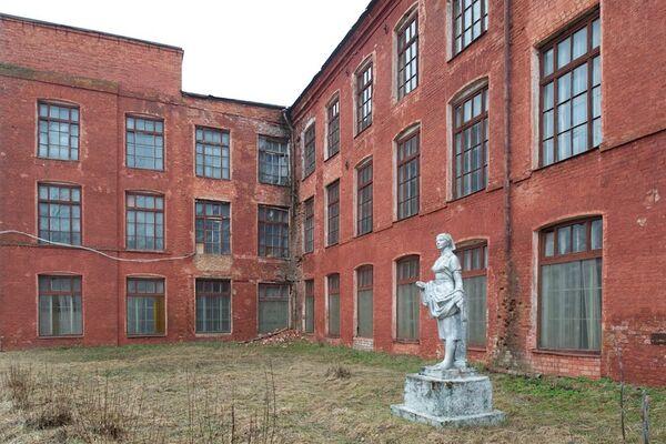 Вид фабрики Парижская Коммуна, Вышний Волочек, 2010