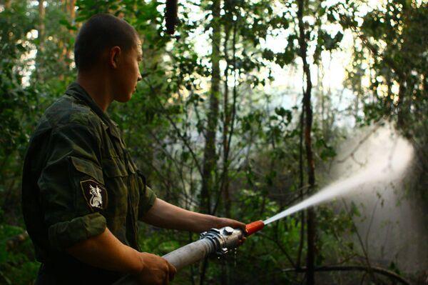 Внутренние войска усиливают свою группировку по тушению пожаров