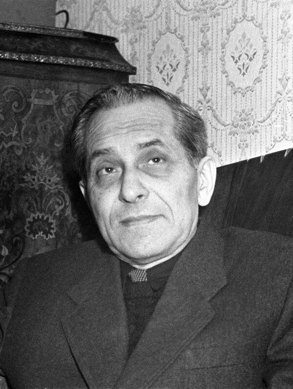 Писатель Михаил Михайлович Зощенко