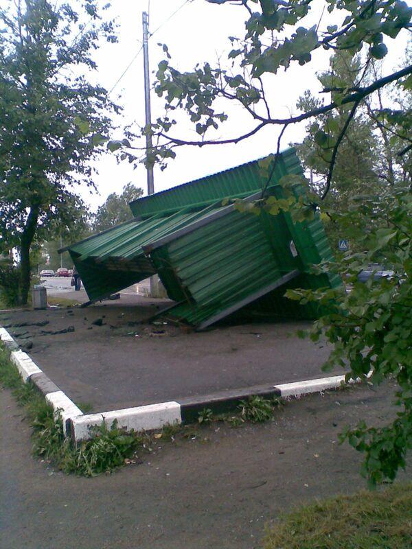 Последствия урагана в Тосно Ленинградской обл. Архив
