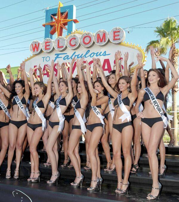 Участницы конкурса красоты Мисс Вселенная-2010 в Лас-Вегасе