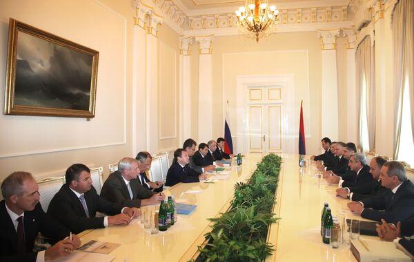 Российско-армянские переговоры в Ереване