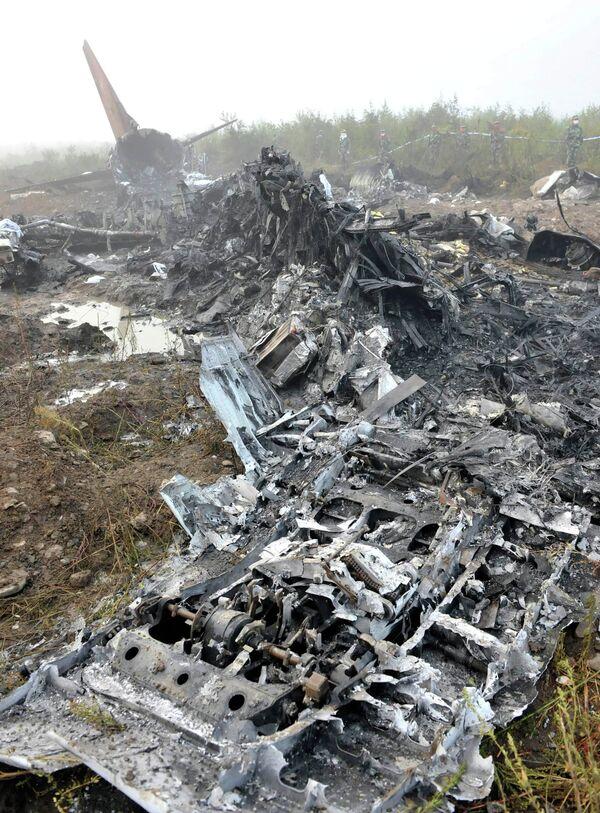 Пассажирский самолет разбился на северо-востоке Китая
