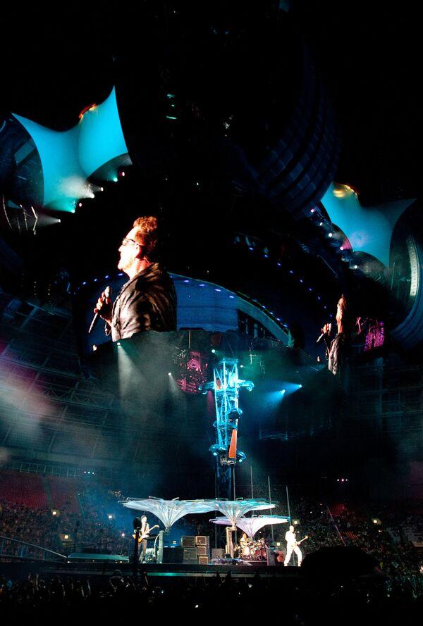 Концерт ирландской группы U2 в рамках мирового тура 360 Degree