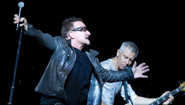 Концерт ирландской группы U2, архивное фото