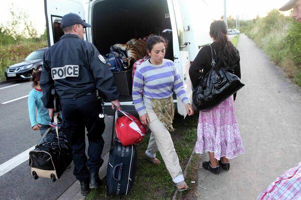 Высылка цыган из Франции