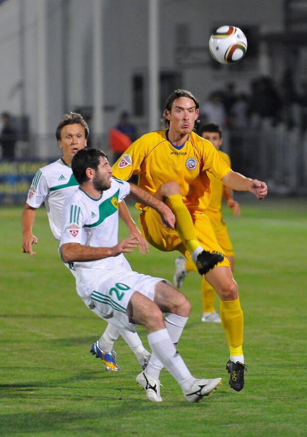 Игровой момент матча Ростов - Анжи