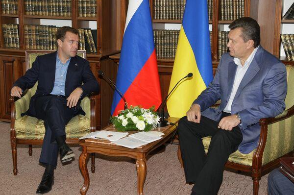 Президенты РФ и Украины Д.Медведев и В.Янукович во время встречи 17 сентября 2010 г.