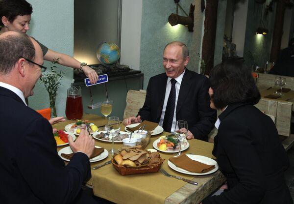 Премьер-министр РФ В.Путин и князь Монако Альбер II