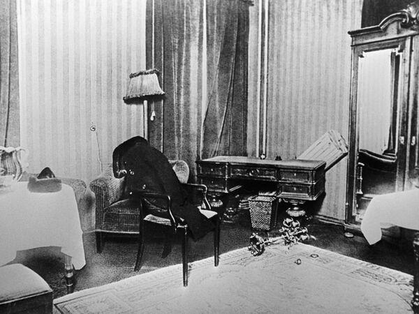 Комната, где Сергей Есенин совершил самоубийство
