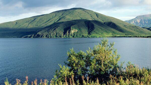 Курильское озеро. Архив
