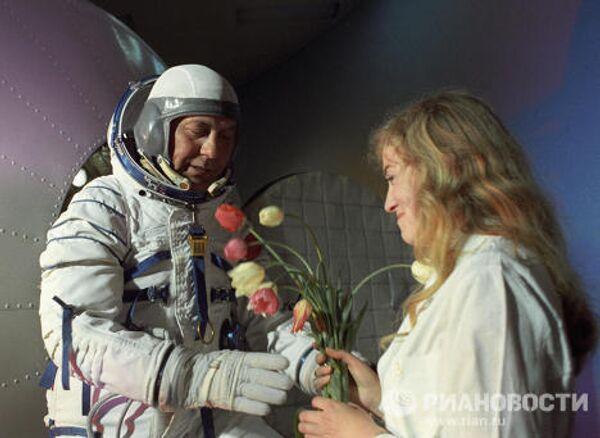 Командир космического корабля Союз-14 Павел Попович