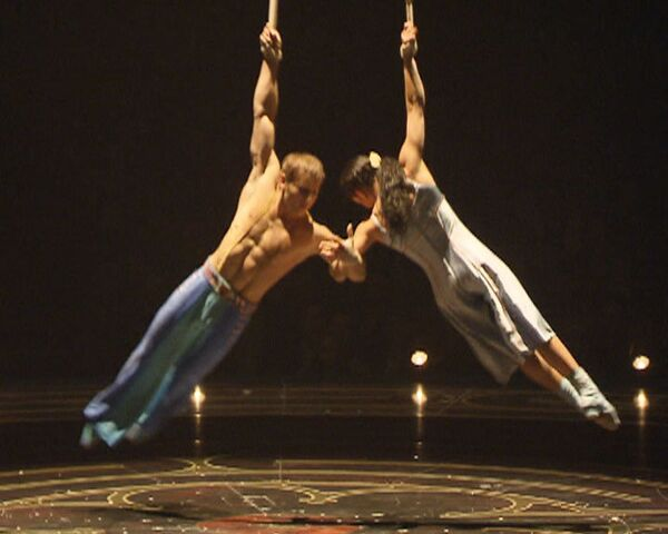 Самые яркие моменты шоу Corteo в исполнении артистов Cirque du Soleil