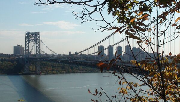 Вид на окрестности Гудзона у моста Вашингтона