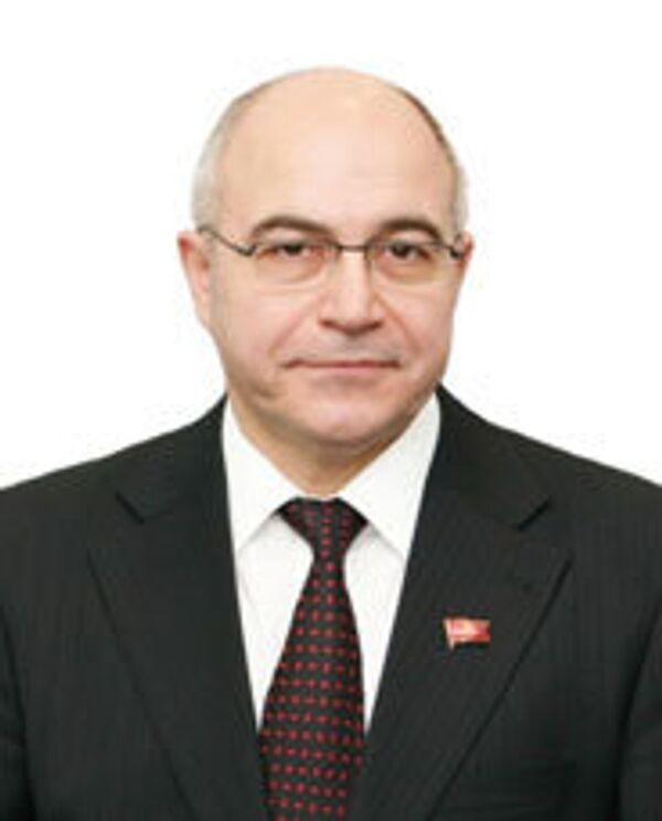 Виктор Дамурчиев