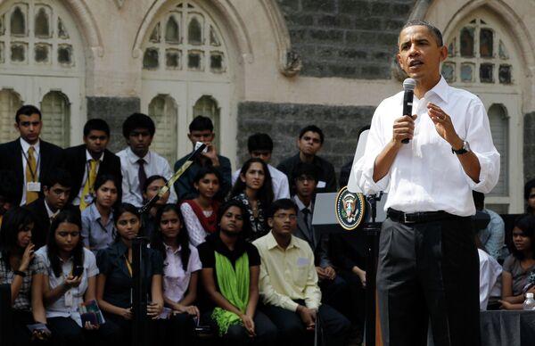 Барак Обама во время визита в Индию