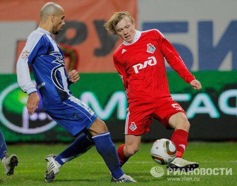 Игровой момент матча Локомотив (Москва) - Сибирь (Новосибирск)