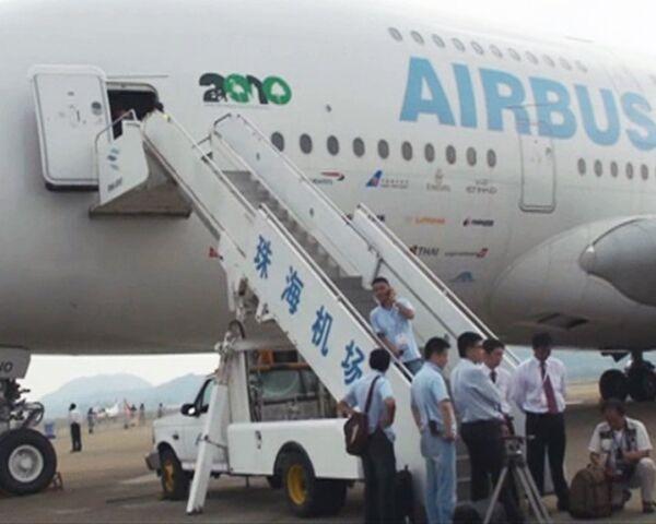 Голый аэробус представили посетителям авиасалона в Чжухае