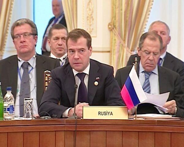 Медведев хочет чаще встречаться с лидерами стран каспийского региона