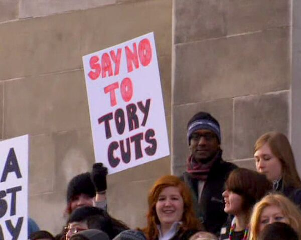 Британские студенты выступают против роста цен за обучение