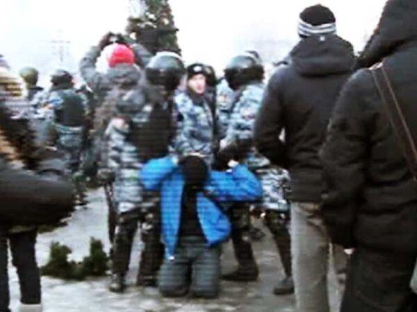Радикалы и фанаты на Манежной площади