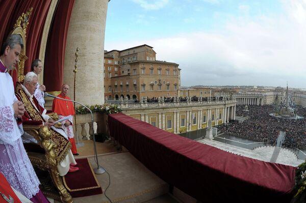 Папа Римский поздравил католиков всего мира с Рождеством Христовым