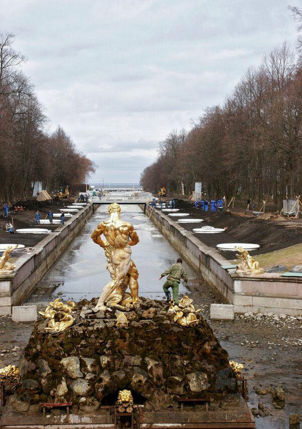 Уборка и реконструкция Фонтанного комплекса Большого дворца ГМЗ Петергоф