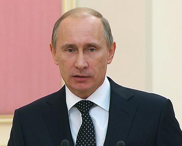 Путин пообещал продолжить активную политику на рынке труда