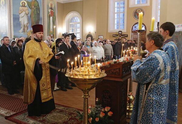Премьер-министр РФ Владимир Путин на Рождественском богослужении в Тверской области