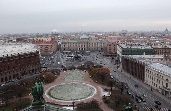 Исключить Петербург из списка исторический поселений просит Матвиенко