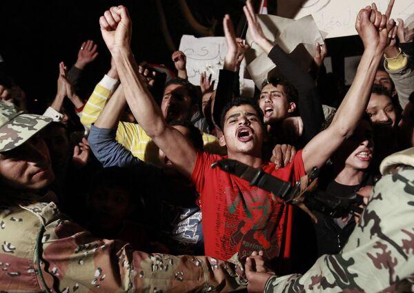 Митинг сторонников президента Хосни Мубарака