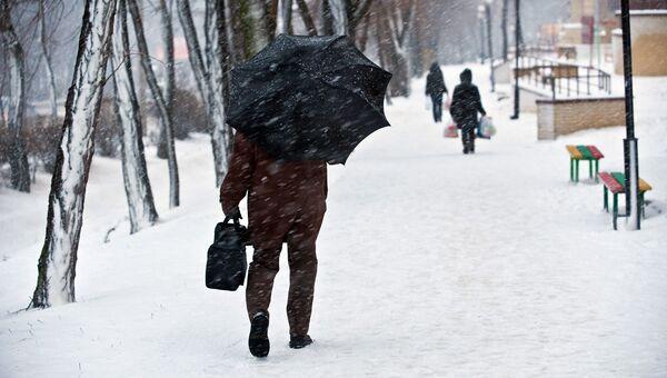 Снег в Ростове. Архивное фото.