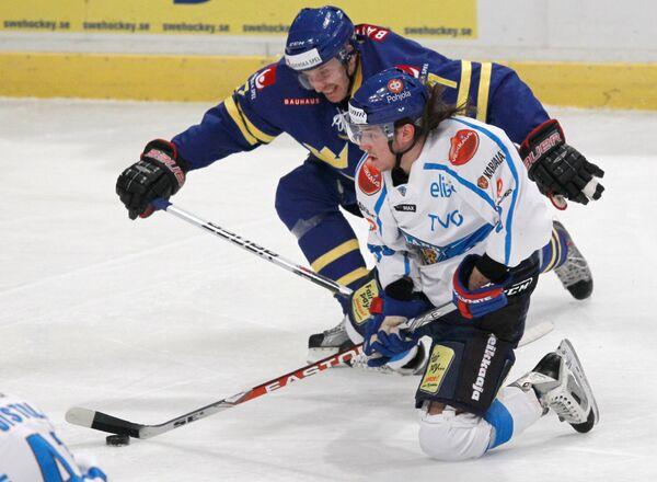 Игровой момент матча Швеция - Финляндия