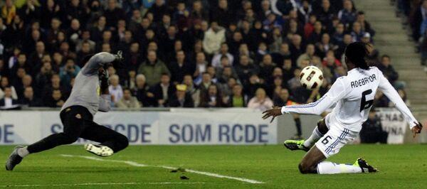 Игровой момент матча Эспаньол - Реал