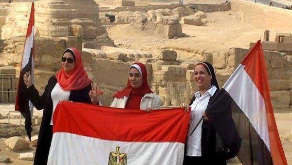 Гиды Египта просят туристов вернуться в страну пирамид