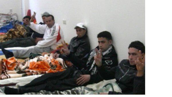 Мигранты из стран Северной Африки, объявившие голодовку в Греции