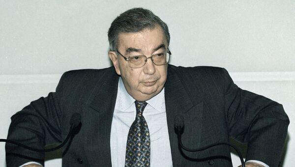 Председатель Правительства РФ Евгений Примаков, 1999 год